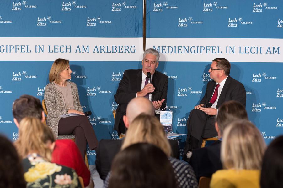 Bild 12   Pressestunde mit Finanzminister Schelling im Rahmen des Euroäischen Mediengipfels Lech am Arlberg
