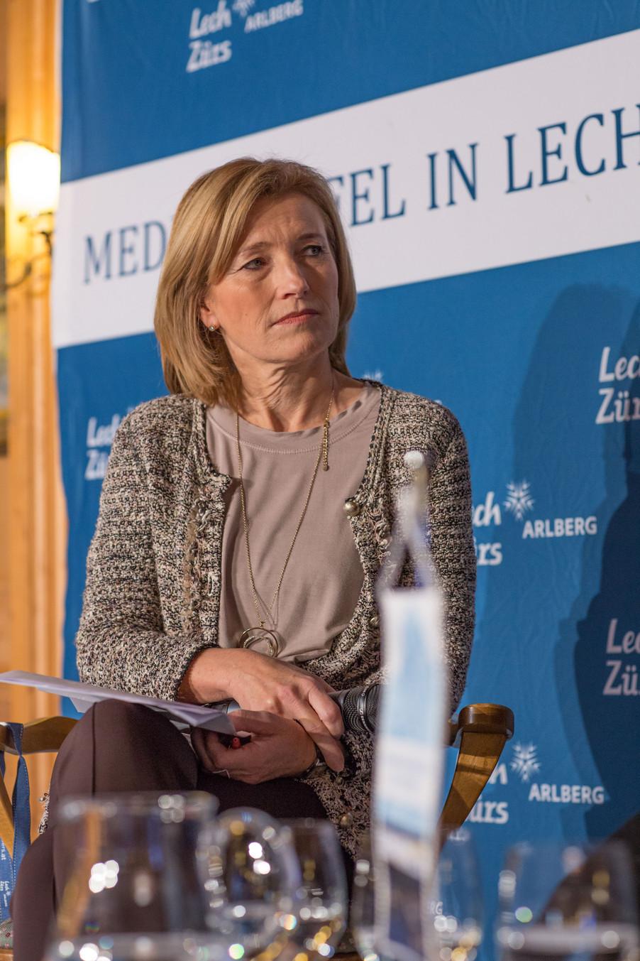 Bild 17   Pressestunde mit Finanzminister Schelling im Rahmen des Euroäischen Mediengipfels Lech am Arlberg