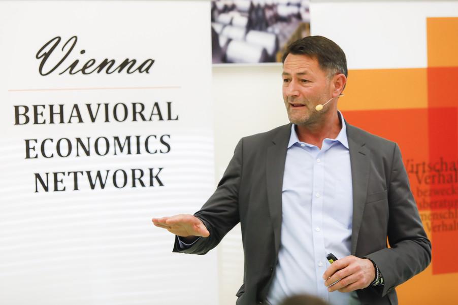 Bild 50   Vienna Behavioral Economics Network