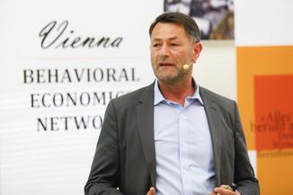 Bild 61   Vienna Behavioral Economics Network