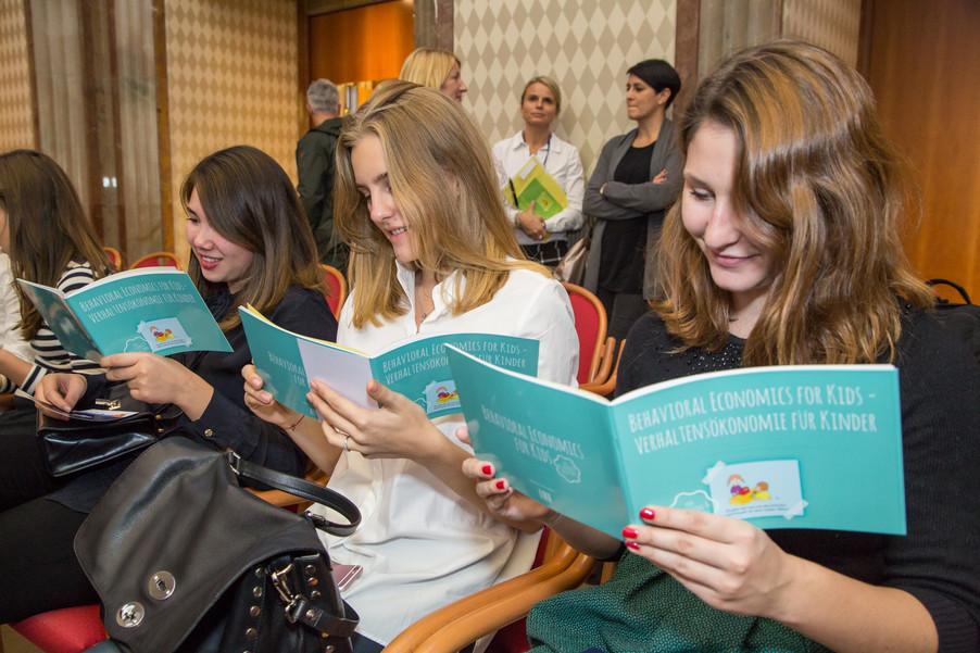 Bild 10 | VBEN | Iris Bohnet: What Works. Wie Verhaltensdesign die Gleichstellung revolutionieren kann.