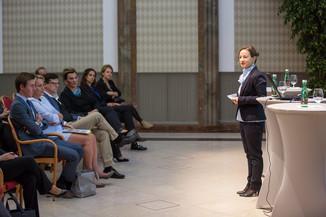Bild 22 | VBEN | Iris Bohnet: What Works. Wie Verhaltensdesign die Gleichstellung revolutionieren kann.