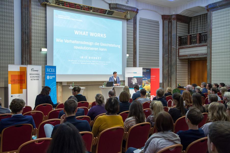 Bild 35 | VBEN | Iris Bohnet: What Works. Wie Verhaltensdesign die Gleichstellung revolutionieren kann.