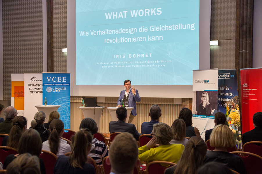 Bild 43 | VBEN | Iris Bohnet: What Works. Wie Verhaltensdesign die Gleichstellung revolutionieren kann.