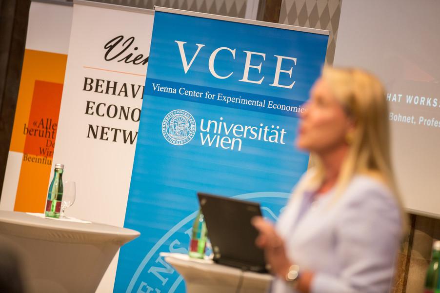 Bild 61 | VBEN | Iris Bohnet: What Works. Wie Verhaltensdesign die Gleichstellung revolutionieren kann.