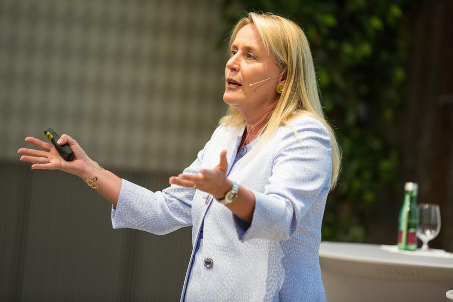 Bild 76 | VBEN | Iris Bohnet: What Works. Wie Verhaltensdesign die Gleichstellung revolutionieren kann.