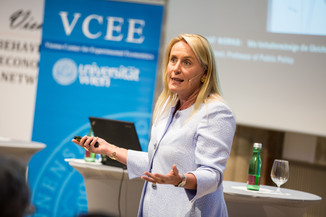 Bild 77 | VBEN | Iris Bohnet: What Works. Wie Verhaltensdesign die Gleichstellung revolutionieren kann.