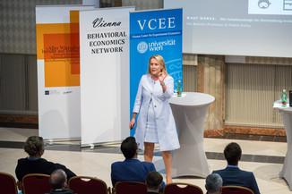 Bild 82 | VBEN | Iris Bohnet: What Works. Wie Verhaltensdesign die Gleichstellung revolutionieren kann.