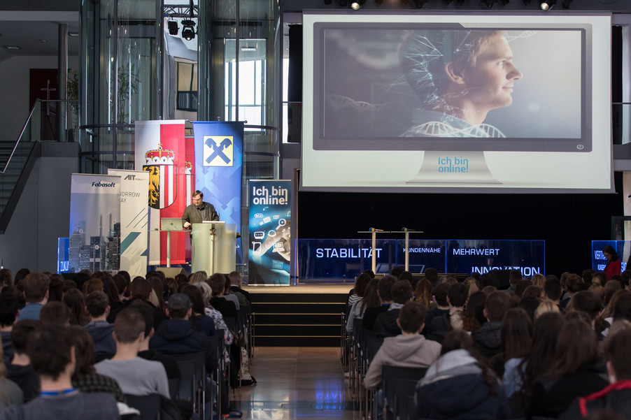Bild 4 | Ich bin online! SchülerInnenkonferenz