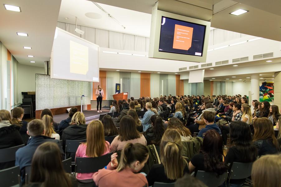 Bild 44 | Ich bin online! SchülerInnenkonferenz