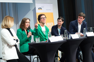 Bild 67   APA-DeFacto-BusinessBreakfast: Catch the wave – Botschaften platzieren mit Agenda-Surfing