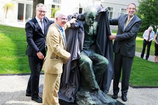 Bild 1 | Im Memory of Sigmund Freud - Enthüllung des Sigmund Freud Denkmals am MedUni Campus AKH