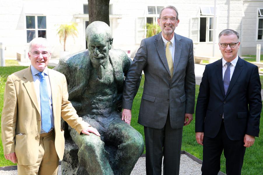 Bild 3 | Im Memory of Sigmund Freud - Enthüllung des Sigmund Freud Denkmals am MedUni Campus AKH