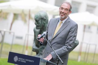 Bild 7 | Im Memory of Sigmund Freud - Enthüllung des Sigmund Freud Denkmals am MedUni Campus AKH