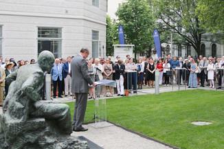 Bild 40 | Im Memory of Sigmund Freud - Enthüllung des Sigmund Freud Denkmals am MedUni Campus AKH