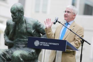Bild 43 | Im Memory of Sigmund Freud - Enthüllung des Sigmund Freud Denkmals am MedUni Campus AKH