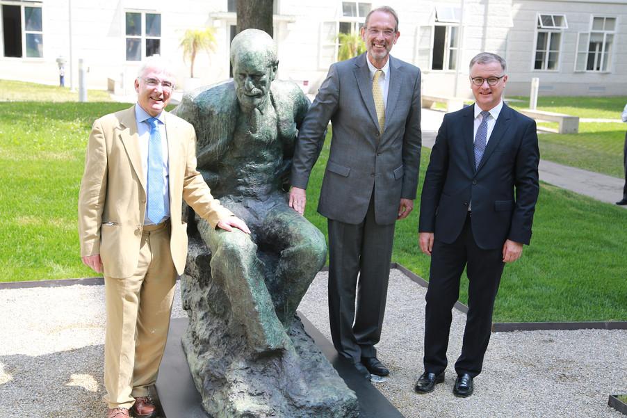 Bild 55 | Im Memory of Sigmund Freud - Enthüllung des Sigmund Freud Denkmals am MedUni Campus AKH