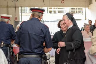 Bild 5 | Grundsteinlegung und Segnung für das Pflegewohnhaus der Franziskanerinnen.An einem der ...