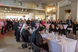 Bild 22 | Grundsteinlegung und Segnung für das Pflegewohnhaus der Franziskanerinnen.An einem der ...