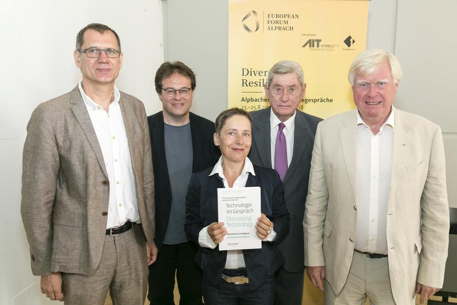 Bild 1   Presse-Präsentation Jahrbuch Alpbacher Technologiegespräche