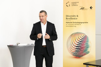 Bild 23   Presse-Präsentation Jahrbuch Alpbacher Technologiegespräche