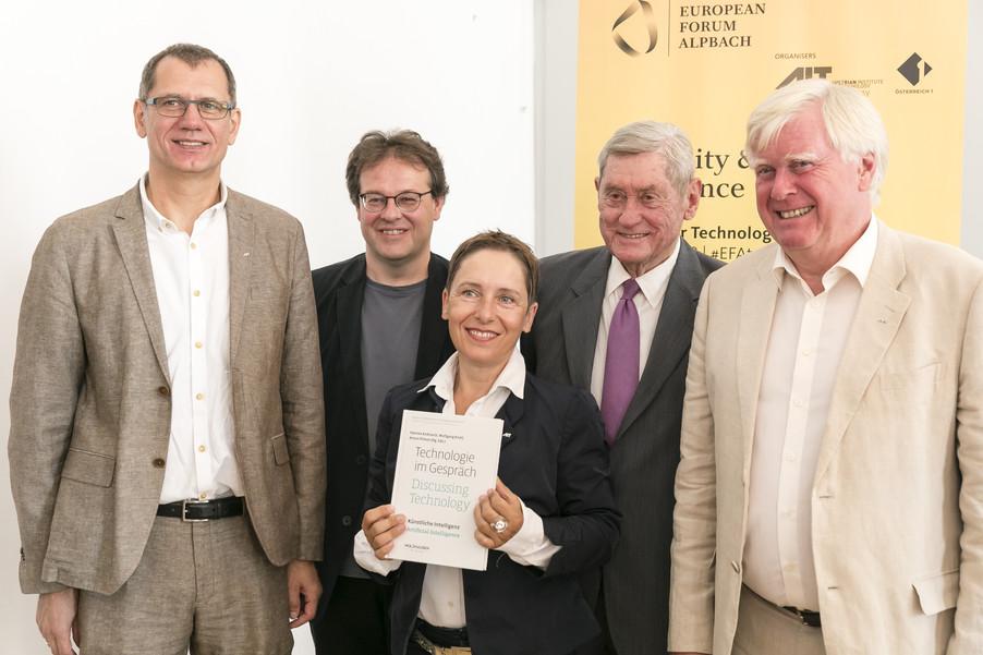 Bild 2   Presse-Präsentation Jahrbuch Alpbacher Technologiegespräche
