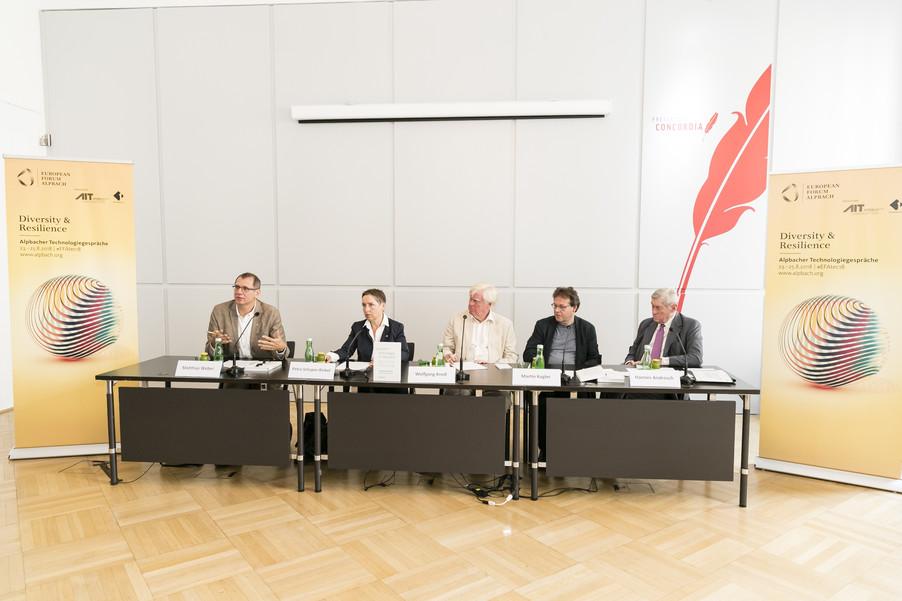 Bild 18   Presse-Präsentation Jahrbuch Alpbacher Technologiegespräche