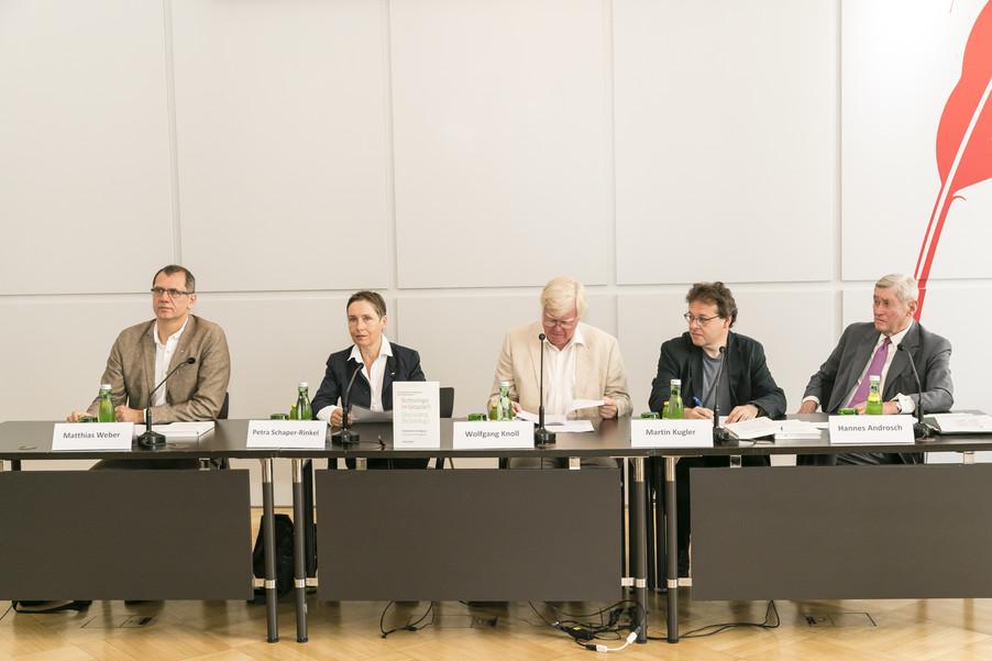 Bild 19   Presse-Präsentation Jahrbuch Alpbacher Technologiegespräche