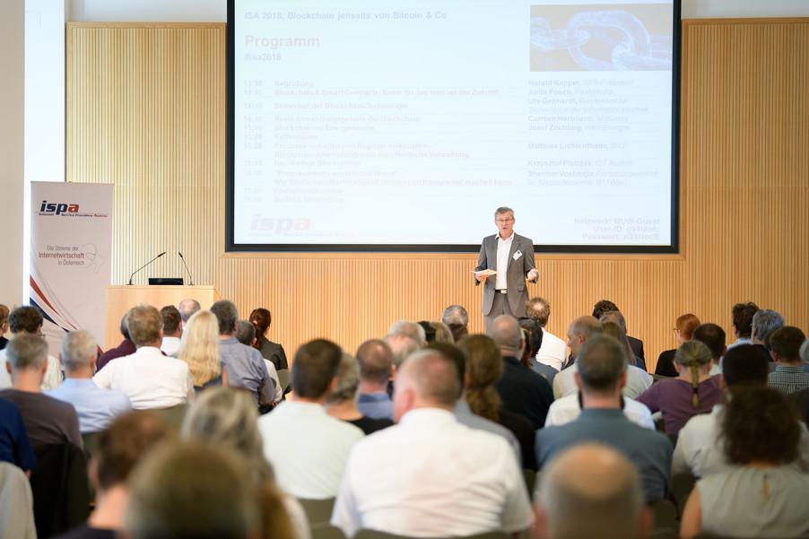 Bild 2 | Internet Summit Austria 2018: Blockchain jenseits von Bitcoin & Co