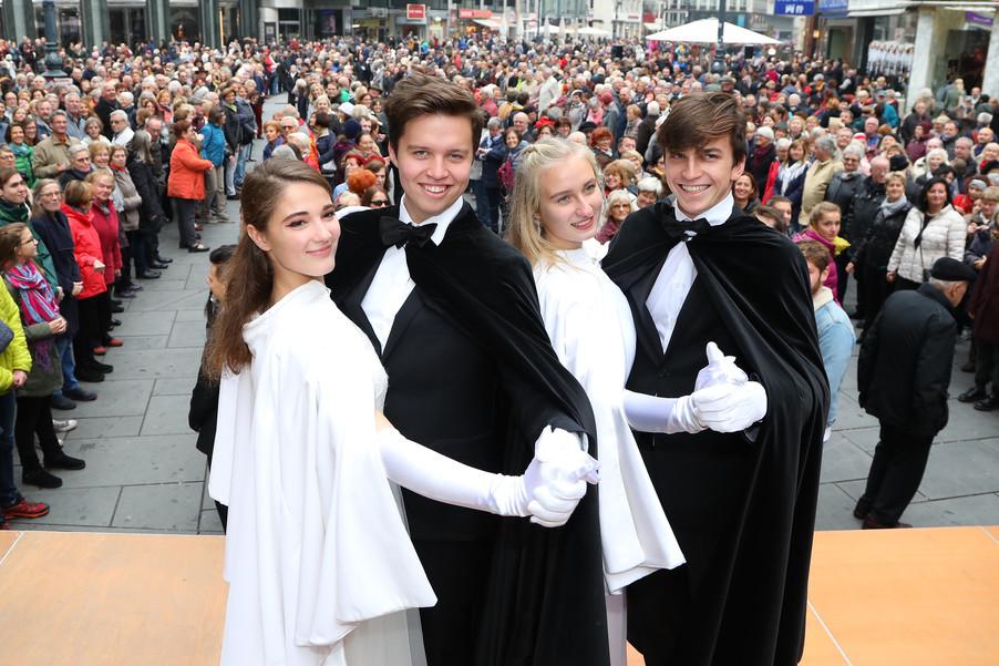 Bild 1 | Faschingseröffnung der Wiener Tanzschulen in der Wiener Innenstadt