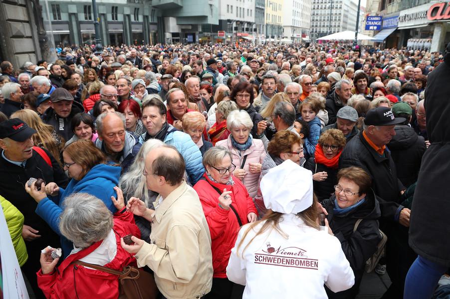 Bild 25 | Faschingseröffnung der Wiener Tanzschulen in der Wiener Innenstadt