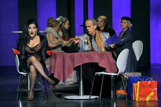"Bild 8 | Maria Novella Malfatti in der Rolle der ""Musetta"", Francesco Facini in der Rolle des ..."