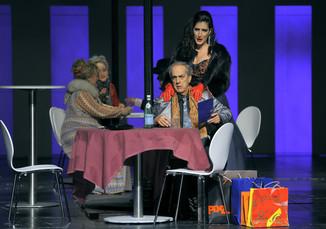 "Bild 9 | Maria Novella Malfatti in der Rolle der ""Musetta"", Francesco Facini in der Rolle des ..."