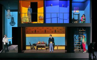 """Bild 9   Silvano Paolillo in der Rolle des """"Don Eusebio"""", Filippo Fontana in der Rolle des """"Don ..."""