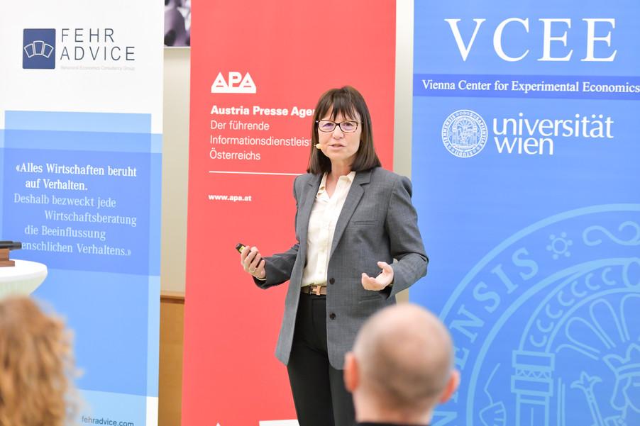 Bild 70 | VBEN | Marie Claire Villeval: Teamwork & Leadership