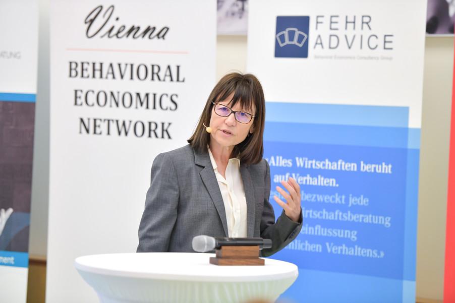 Bild 71 | VBEN | Marie Claire Villeval: Teamwork & Leadership