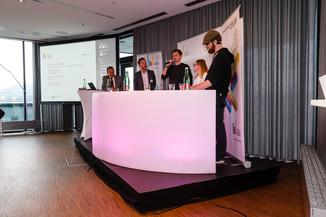 Bild 19 | DBT - Digital Business Trends: Nice! Wie man die Next Generation erreicht