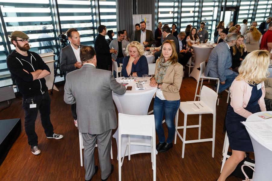 Bild 43 | DBT - Digital Business Trends: Nice! Wie man die Next Generation erreicht