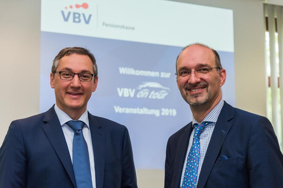 Bild 1 | v.l.n.r.Mag. Harald Amon VBV-Pensionskasse, Veranlagung und Martin Cerny VBV-Pensionskasse, ...