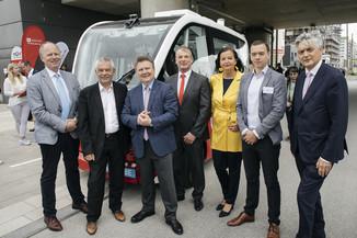 Bild 1 | Autonome E-Busse starten Fahrgasttestbetrieb