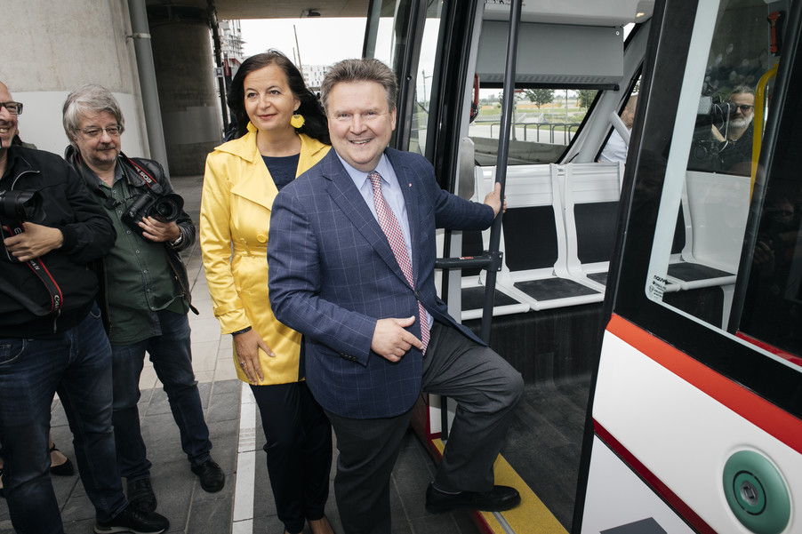 Bild 25 | Autonome E-Busse starten Fahrgasttestbetrieb
