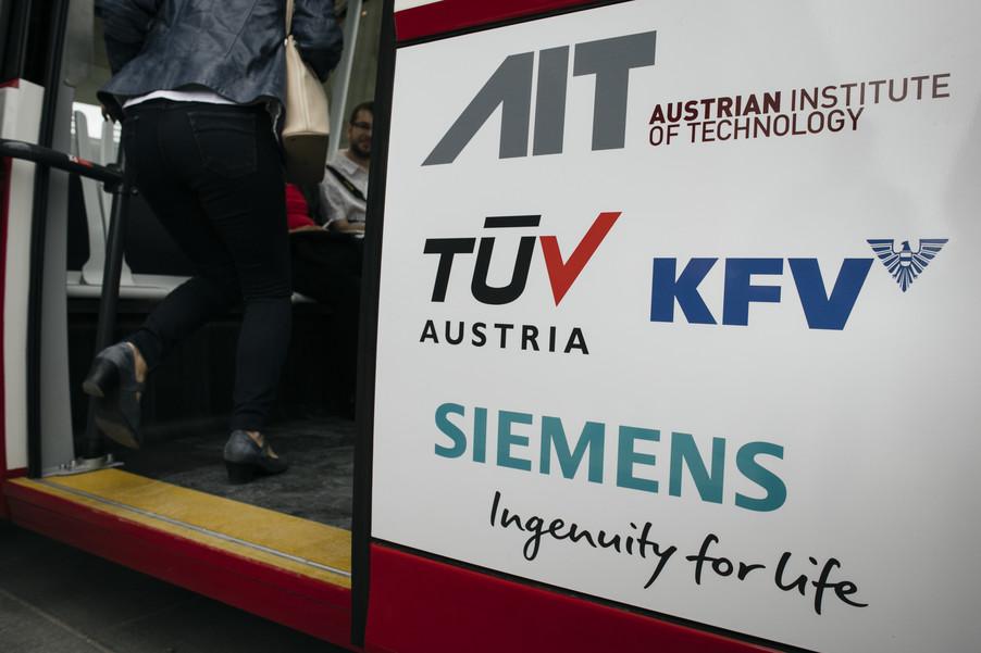 Bild 34 | Autonome E-Busse starten Fahrgasttestbetrieb