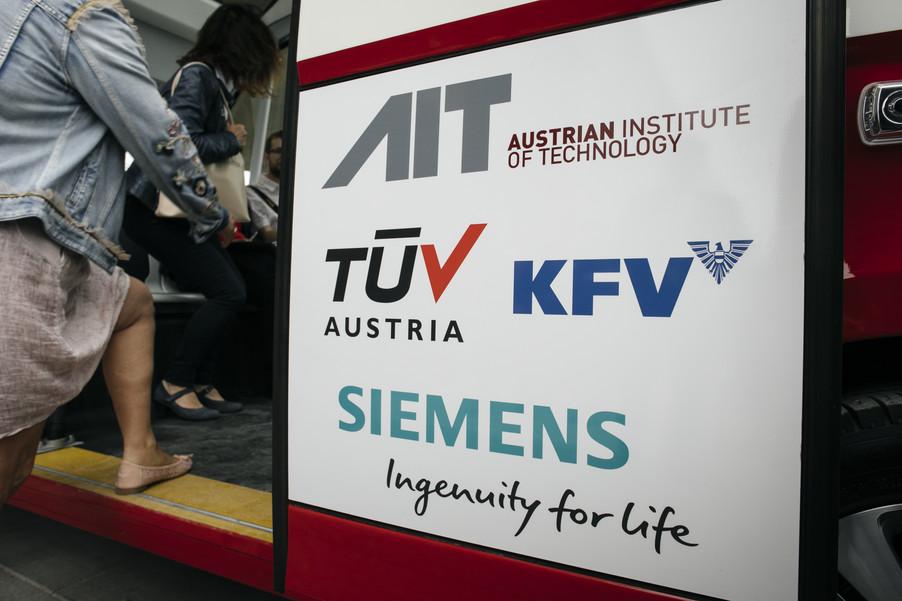 Bild 36 | Autonome E-Busse starten Fahrgasttestbetrieb