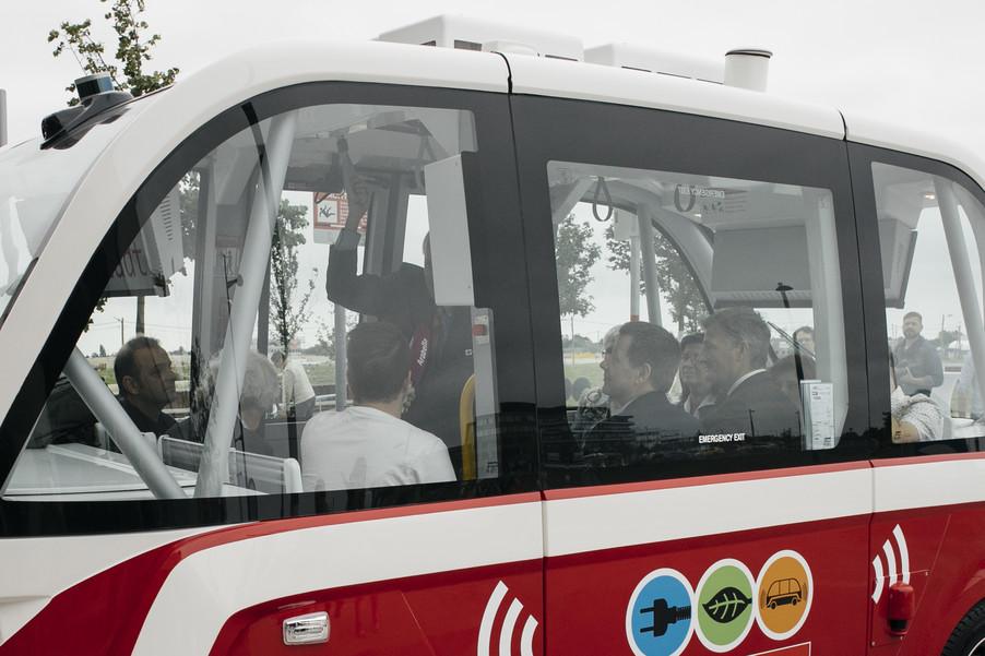 Bild 43 | Autonome E-Busse starten Fahrgasttestbetrieb