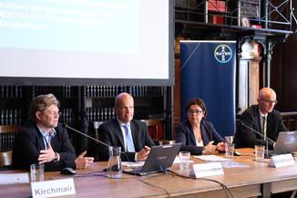 Bild 12 | Unterschätzte Gefahr Schaufensterkrankheit: ÖGIA fordert neue Maßnahmen, um Todesfälle zu ...
