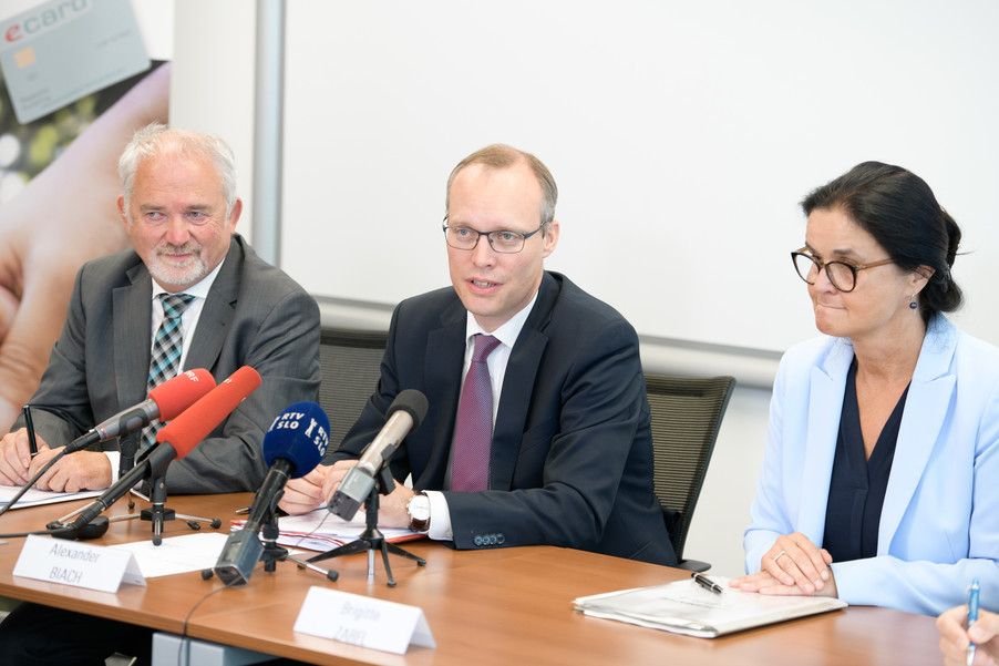 Bild 12 | Der Austausch von Sozialversicherungsinformationen  in der  EU ist jetzt online