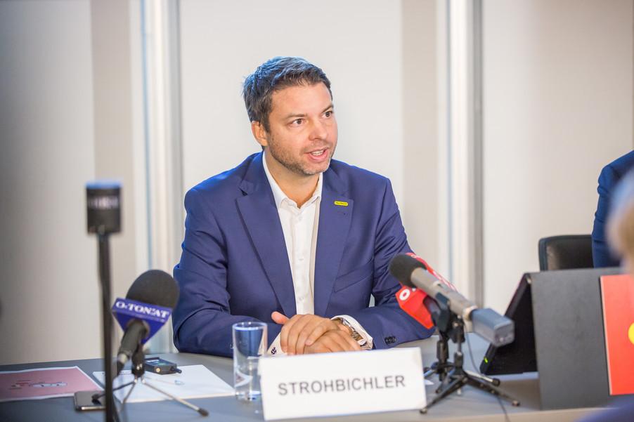 Bild 14 | Pressekonferenz PALFINGER AG