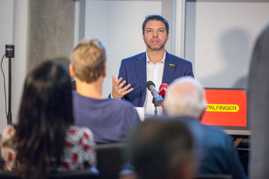 Bild 19 | Pressekonferenz PALFINGER AG