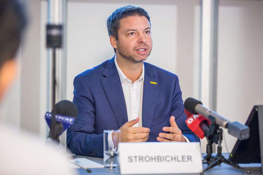 Bild 21 | Pressekonferenz PALFINGER AG