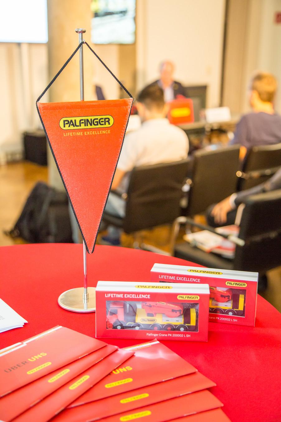 Bild 34 | Pressekonferenz PALFINGER AG
